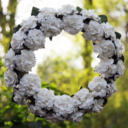 Kremowy Wianuszek z Kwiatów φ 15 cm